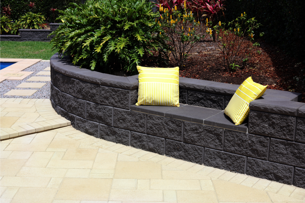 TrendStone_Retaining_Wall_Featuring_Seat