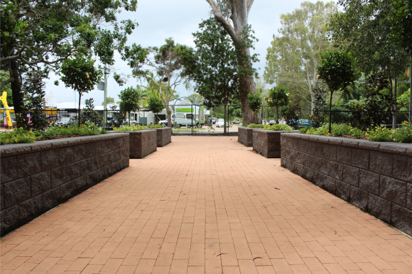 Elegant_walkway_enterance_at_Hervey_Bay_Botanical_Gardens_with_Charcoal_TrendStone_Retaining_Wall_garden_beds