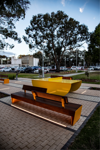 Landscape_at_University_includes_public_areas_with_small_format_pavers_in_various_textures_and_colours