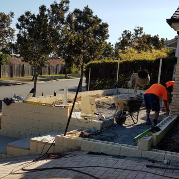 Workers_at_Springfield_building_retaining_wall